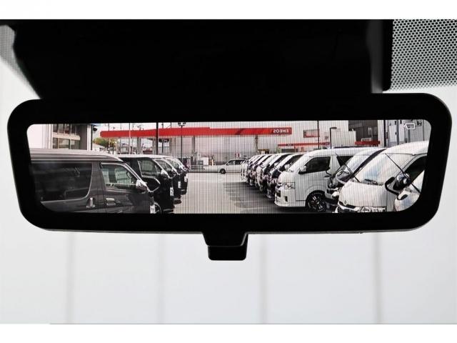 新型メーカーオプションのデジタルインナーミラー!荷物積んでいても後方の視界をしっかり確保!