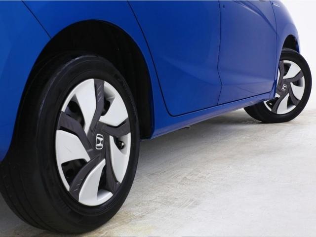 コンパクトサイズなのでタイヤ代もお安く購入可能となっております。更に同じタイヤでも国産と外国産の2種類が存在しているのでコスト重視ならば輸入タイヤをオススメします。驚きの金額かもしれません。