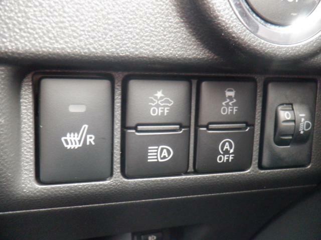 衝突軽減ブレーキ・アイドリングストップ機構・横滑り防止装置・オートマチックハイビーム・運転席シートシーター。