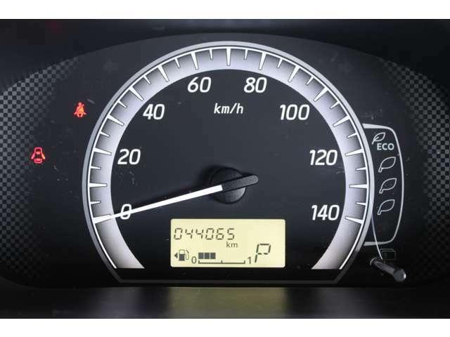 当店はメーター改ざん車の販売は一切しておりません。走行距離はチェックも行っております。