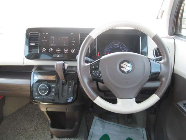 軽自動車からミニバンまで様々な車種をご用意しております。お探しの車がなければ、気軽にご相談下さい!