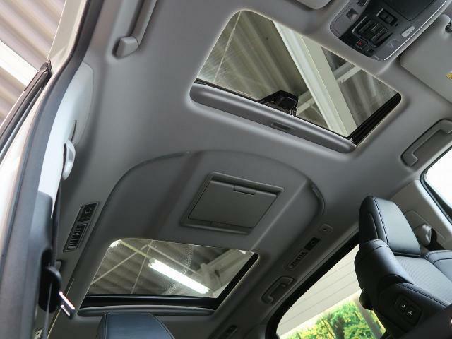 オプション【ツインムーンルーフ】オプション設定のムーンルーフ.。快適なドライブに欲しい装備◎解放感ある室内をご堪能下さい。