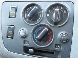 エアコンやオーディオ、キーレスなどの装備品なども動作確認後、納車しております!