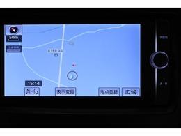 純正SDナビゲーション(NSZT-W62G)  初めて行く場所も道に迷うことなく安心です。