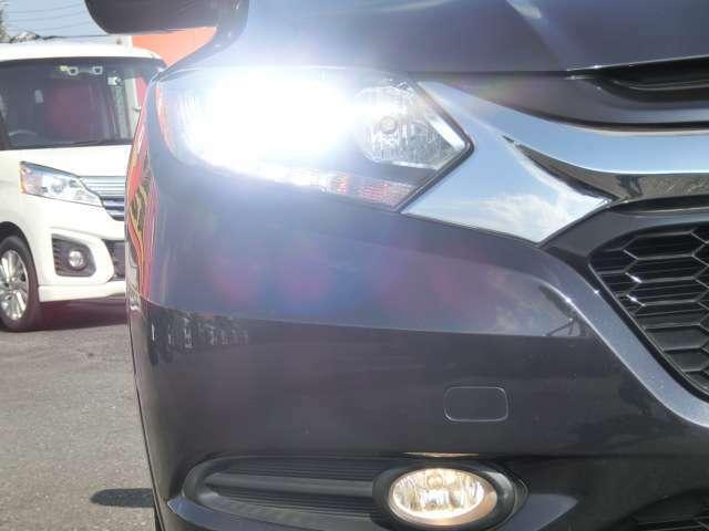 ★LEDヘッドライト!パワフルな光量!耐久性も高く省電力★トンネルなど便利なオートライトシステム!!