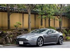 アストンマーティン V12ヴァンテージ の中古車 正規D/6MT/右H/ハンマーヘッドシルバー 東京都港区 1295.0万円