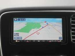 クラリオン製メモリーナビ装備!(GCX779W)バックカメラ映像がナビに映し出されるので駐車の時に安心です。