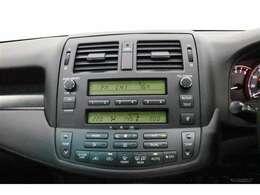 純正オーディオ・CD■CDオーディオ■ラジオを聴くこともできます!当たり前の装備かもしれませんが、なくては困るドライブの必需品ですね!