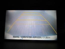 ★後方を確認するための便利なガイドライン付きバックカメラも搭載しています♪またポイント5鈴鹿店ではコーティング施工も実施中♪メンテナンスも楽々♪詳細は通話無料 0066-9711-721-536 まで