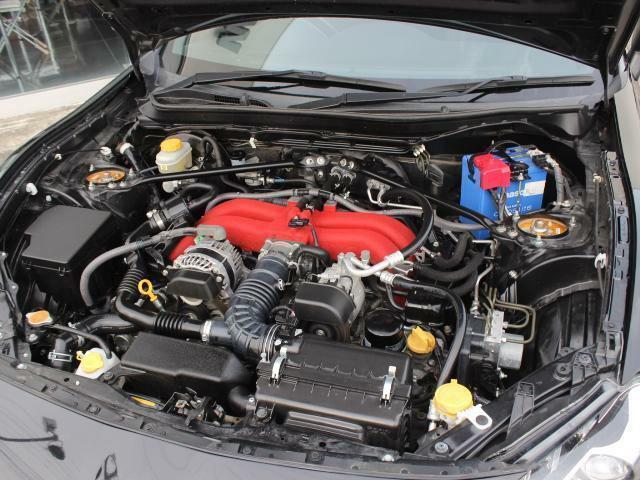 エンジンルームもキレイな状態で、機関系も良好!高回転まで吹け上がる気持のいいエンジンは走る楽しさを味わうことができます!