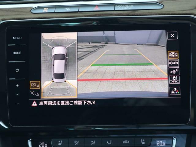 車両を空から眺めるような視点のアラウンドビューカメラが装備されております。さらにパーキングアシストも付いてますので駐車が苦手な方には心強い装備です。