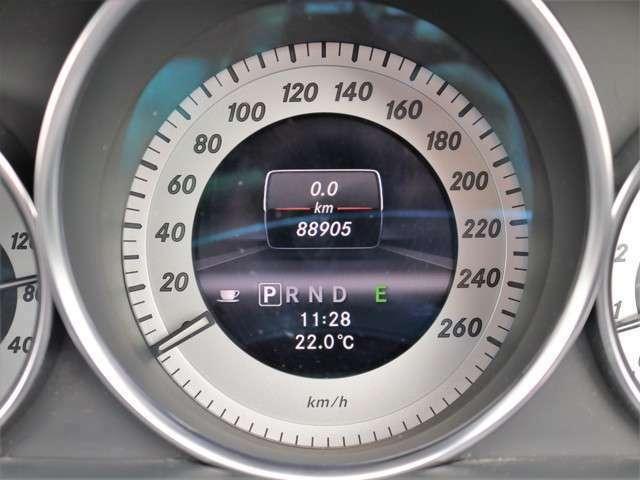 距離もまだまだ8.9万キロ!タイミングチェーン式のエンジンなので交換不要です★