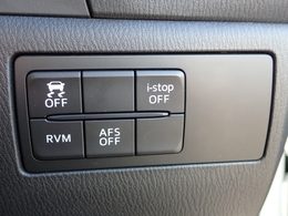 環境と燃費にやさしいアイストップに安全な走行をサポートする横滑り防止機能・リアビークルモニタリングシステム・アダクティブフロントライティングシステム・SBS&SCBSなどなど装備充実☆