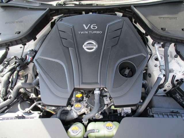 V6ツインターボエンジンです!!405馬力の加速力をぜひご体感ください。