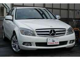 落ち着いたデザインで買い物からデートやロングドライブまでとても使いやすい車です。