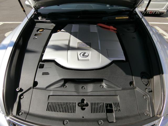 お車は程度の良さが大事です現在は機関・電装・走行に現在、問題は有りません。鑑定車は安心です(タイミングチェーン式)なので安心です。ご満足頂けると確信しております