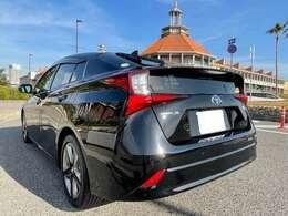 トヨタセーフテイセンス・カロッツェリア9インチナビ・フルセグTV(走行中視聴OK)・バックモニター・シートヒーター・プリクラッシュセーフテイー・スペアキー・レザーハンドル・フォグランプ・ETC