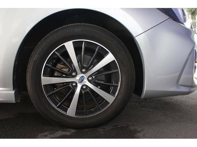 【タイヤ&ホイール】純正16インチアルミホイールを装備、タイヤサイズは205/55R16を設定しております。