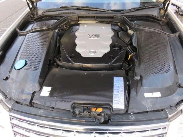 調子の良いエンジン♪3500CCV6エンジンは余裕の280馬力♪当店は入庫時に全車両エンジンルームクリーニング済みです♪快適にお乗りいただけます♪