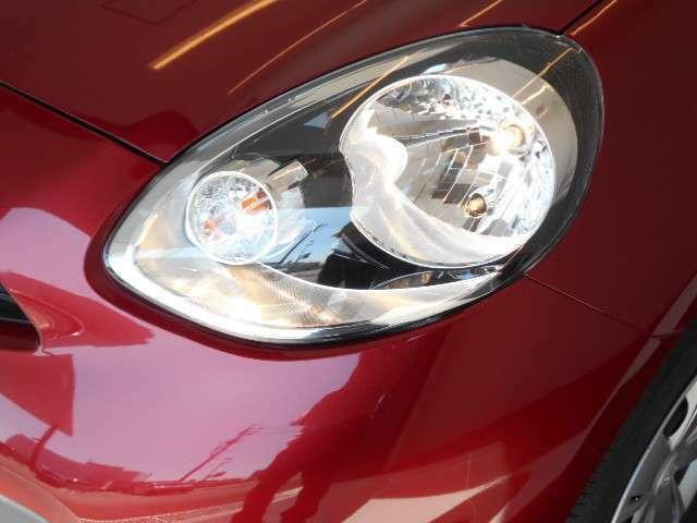 最適配光で明るく照らすハロゲンヘッドライト