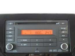 純正CDチューナー CD再生 AM/FMラジオ AUX接続