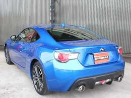 スバルといえばこのカラー!とてもきれいな青です^^