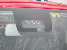 デュアルセンサーブレーキサポート装着車 前方・後方誤発進抑制機能・車線逸脱警報・ふらつき警報・先行車発進お知らせ・オートライト