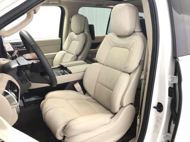 運転席&助手席シートヒーター&クーラーwith wayパーフェクトポジション&パワーサイエクステンション&シートメモリーは、現在市販されているSUVの中で、間違いなく同クラス上級レベルのシートです。