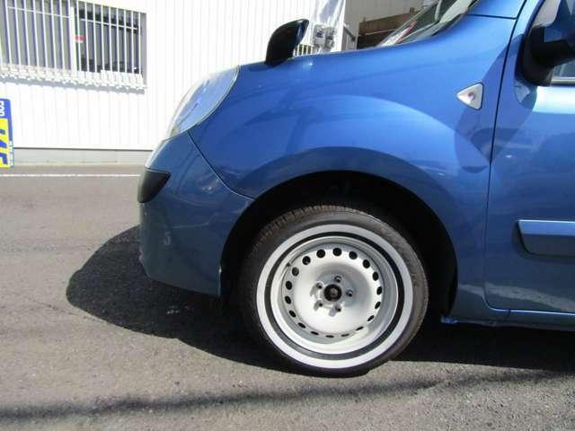 ホワイト塗装済の純正スチールホイール&ホワイトリボンタイヤ!