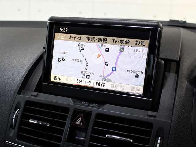 ナビゲーションは純正HDDナビゲーションになり、ミュージックサーバー等も装備されております。