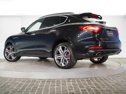 Levante GranSport 350馬力(カタログ値) 装備オプション1,855,000円 21インチヘリオスホイール ドリルドナチュラルレザー サンルーフ カーボントリム ベンチレーション