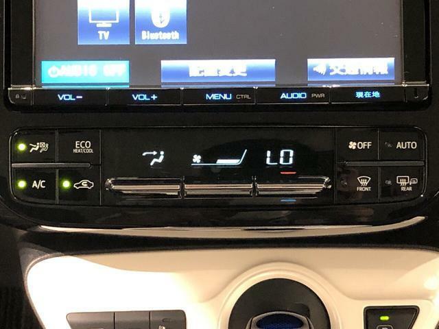 AUTOエアコンは、いっかい温度設定をしておけば風量の調整などを自動にしてくれます!