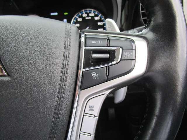 先行車に追従機能の付いたレーダークルーズコントロール
