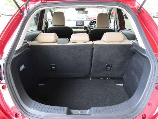 大開口部で大きな荷物も楽々積み込み可能ですっ!