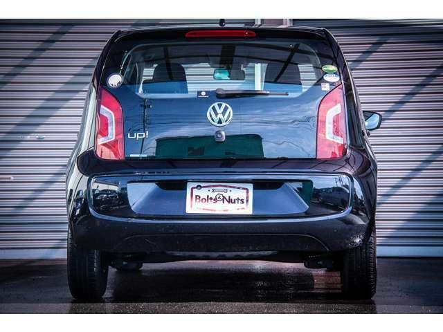 UP!はVWの車種の中でも最もコンパクトな位置づけのお車です。非常に低燃費ですし街乗りから長距離のドライブまで幅広い用途にお使いいただけます。