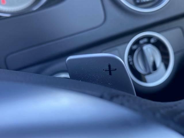 【パドルシフト】装備でドライブがより楽しめます。