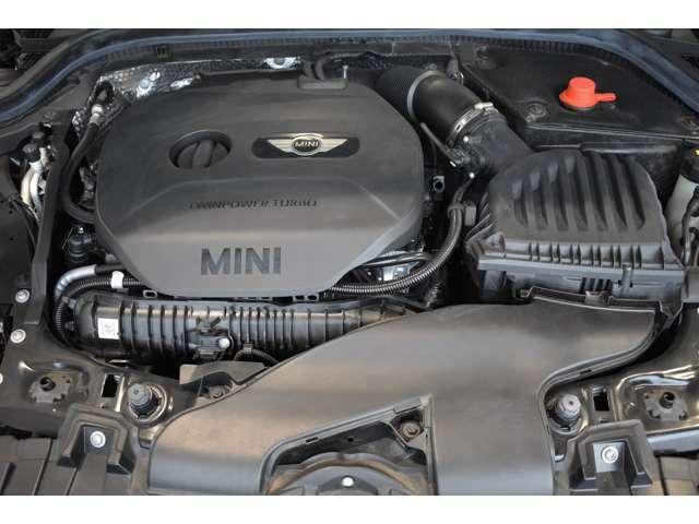2.0Lガソリン・ターボ・エンジン