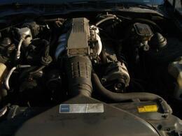 IROC-Z18インチクロームAW・幌新品張替え済みで安心の一台です。ボディ同色全塗装済 幌張替え済 レザーシートカバー 燃料ポンプ交換済等々キチンと手を入れて有ります