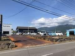 木島平スキー場のふもとに展示場がございます。