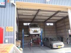 自社整備工場 関東陸運局認証取得しています 自動車整備士がお待ちしております