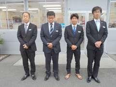 男性CA4名がワンチームとなり、親切丁寧な説明、おもてなしをさせて頂きます。