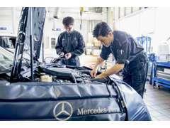 メルセデス専用に開発された最新鋭設備と機器を導入した専用工場