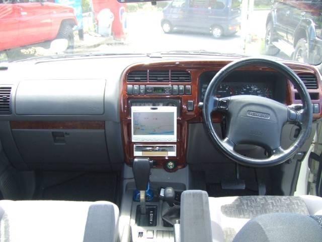 ◆県外のお客様も安心してお選びいただけます♪当店の車両はオークション鑑定にて、修復歴・メーターを含む車両検査済みですので、まず車体は鑑定無しのお車より安心できると思います。
