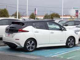 電気で走るのでガソリン代やオイル交換も不要なのでお財布にも優しい車です。