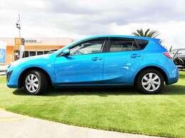 軽自動車から輸入車やキャンピングカーまで幅広いラインナップを展示販売。