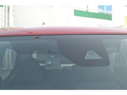 衝突被害軽減ブレーキ、ドライブレコーダーも付いてます。