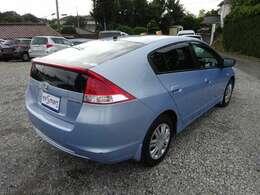 ライトブルーのボディです。目立つヘコミキズはありませんので是非現車でご確認ください。