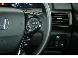 EXグレードなのでプリクラッシュセーフティ関連の装備も充実しております。車線維持支援システム(LKAS)、アダプティブクルーズコントロール(ACC)、衝突被害軽減ブレーキ(CMBS)などなど。