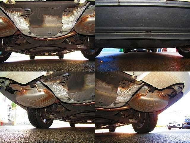 車体の下回り&排気マフラーに気になる錆びや腐食などなく綺麗です。エンジン下からのオイル漏れなどありません。お問い合わせ無料ダイヤル:0066-9711-906926【担当:はら】