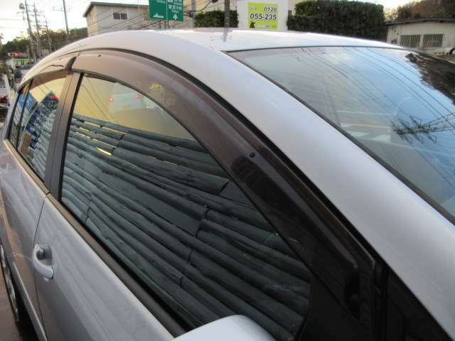 Bプラン画像:ドアバイザー付き♪雨の日でも車内の喚起は◎♪アメブロ「オートプラザ西武」*インスタ「AUTOPLAZAS_G」随時更新中♪入庫車情報もコチラ♪